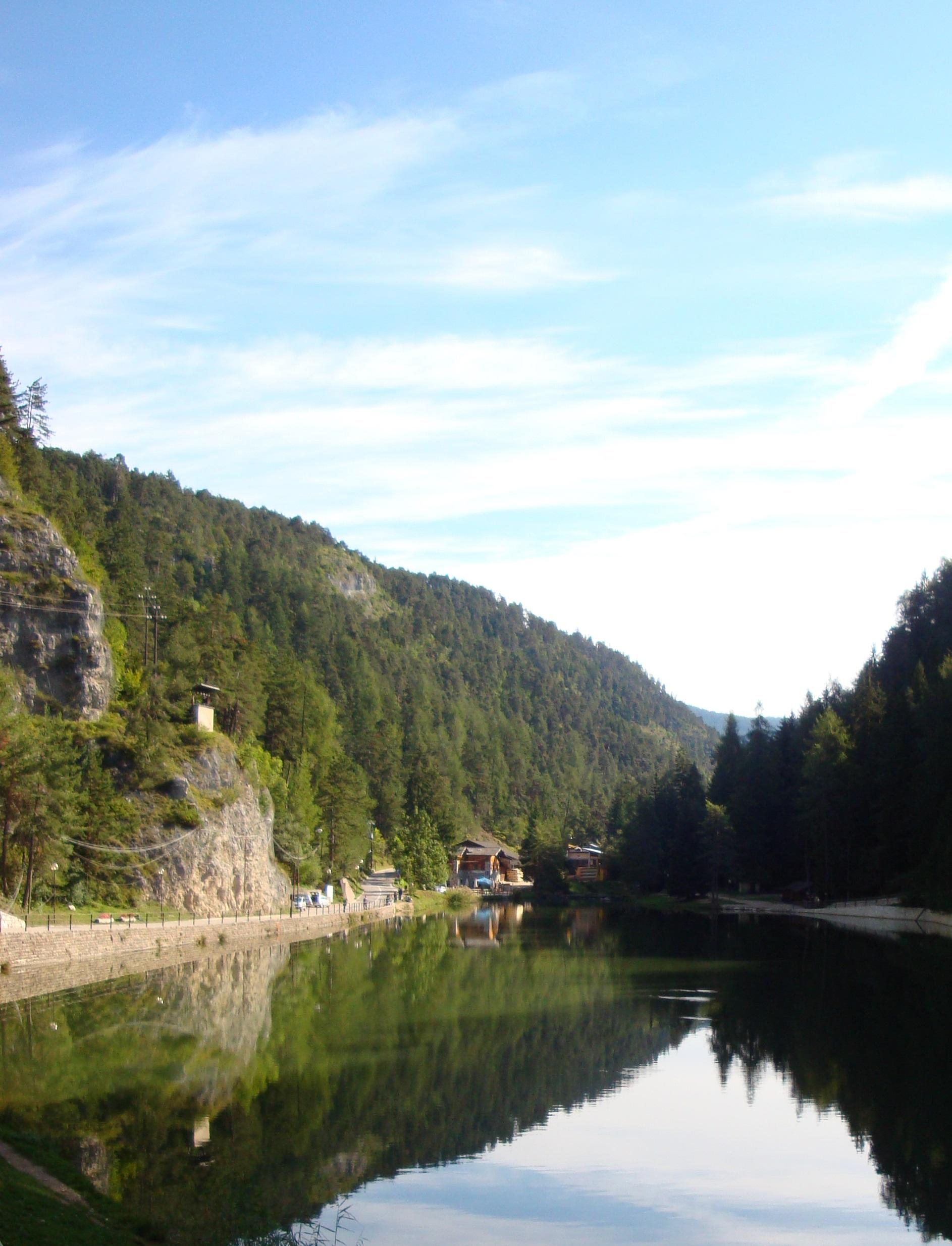 Lake Smeraldo lake 2